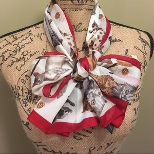 Adorable cat lover scarf